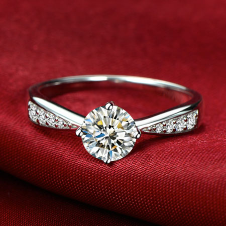 Silver Round Man-made Diamond Engagement Rings for Woman