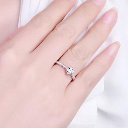 925 Sterling Silver Cubic Zirconia Princess Cut Engagement Ring