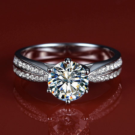925 Sterling Silver 2 Carat Simulated Diamond Engagement Ring