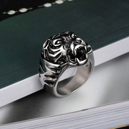 Men\'s Titanium Rings with Powerful Tiger Head